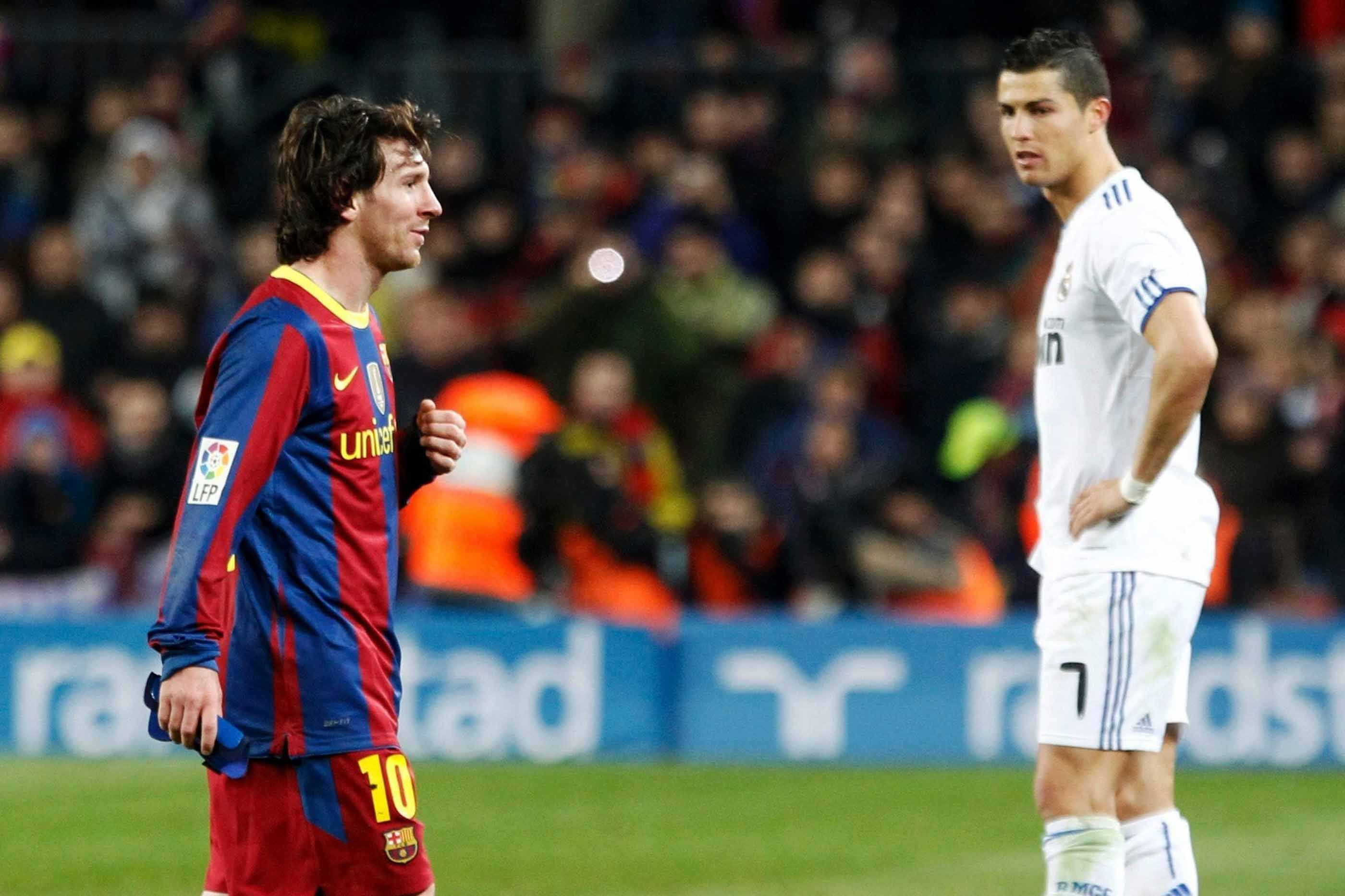 Ronaldo e Messi em constante disputa