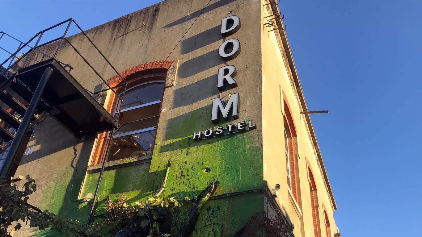 http://www.lxfactory.com/PT/residentes/comercio-lazer/the-dorm/
