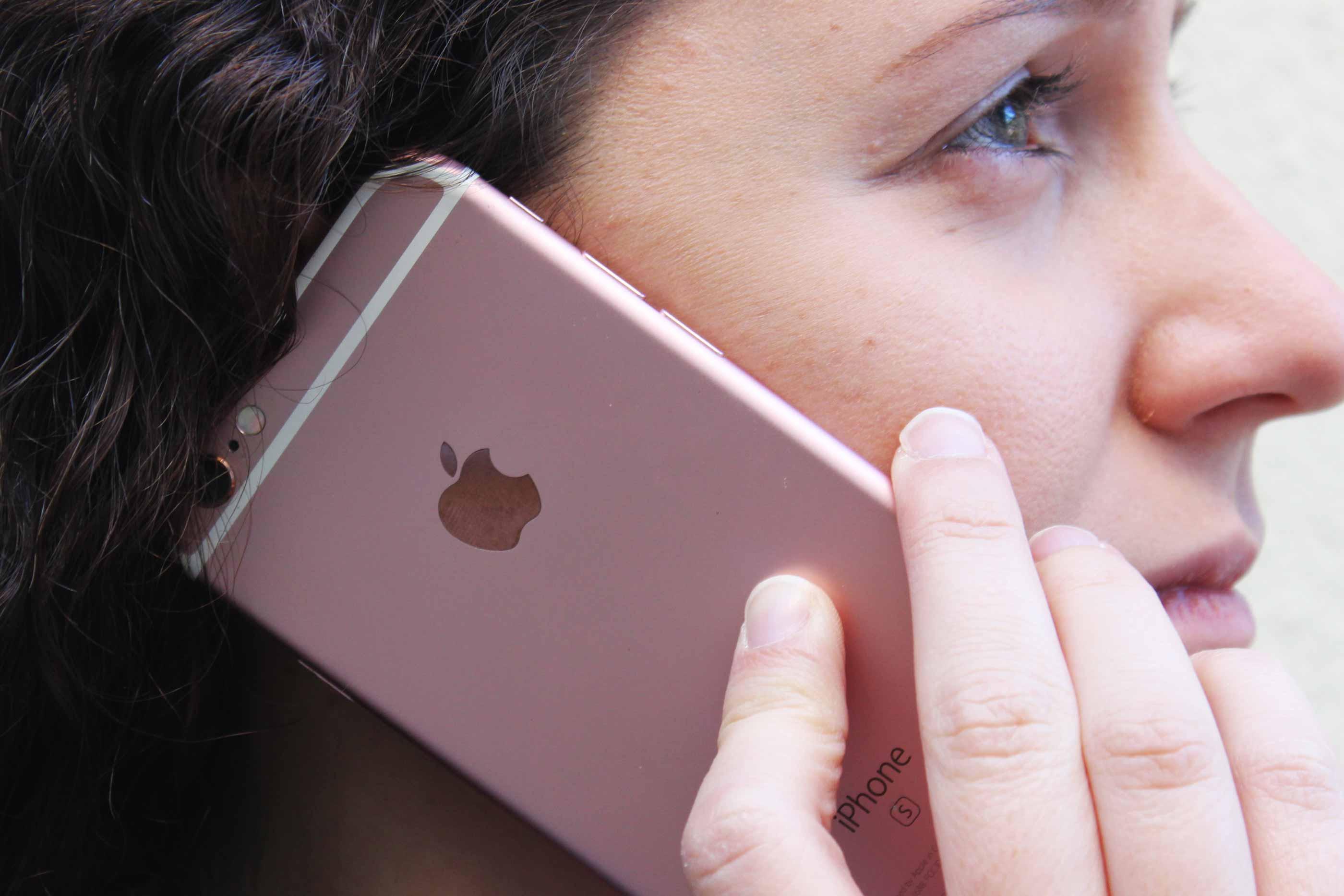O Estudo feito na Universidade Católica mostra que 73% dos alunos inquiridos preferem o Iphone à Samsung. CC by Inês Ramalho