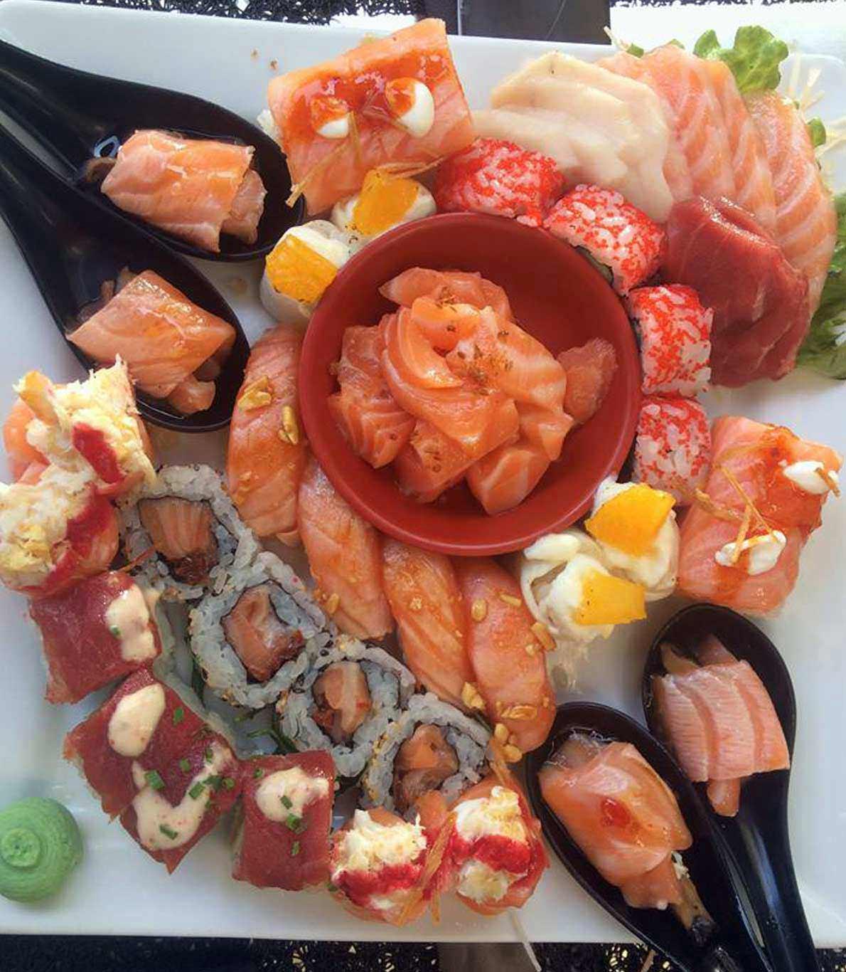 Rodízio de Almoço no restaurante Sushisan.
