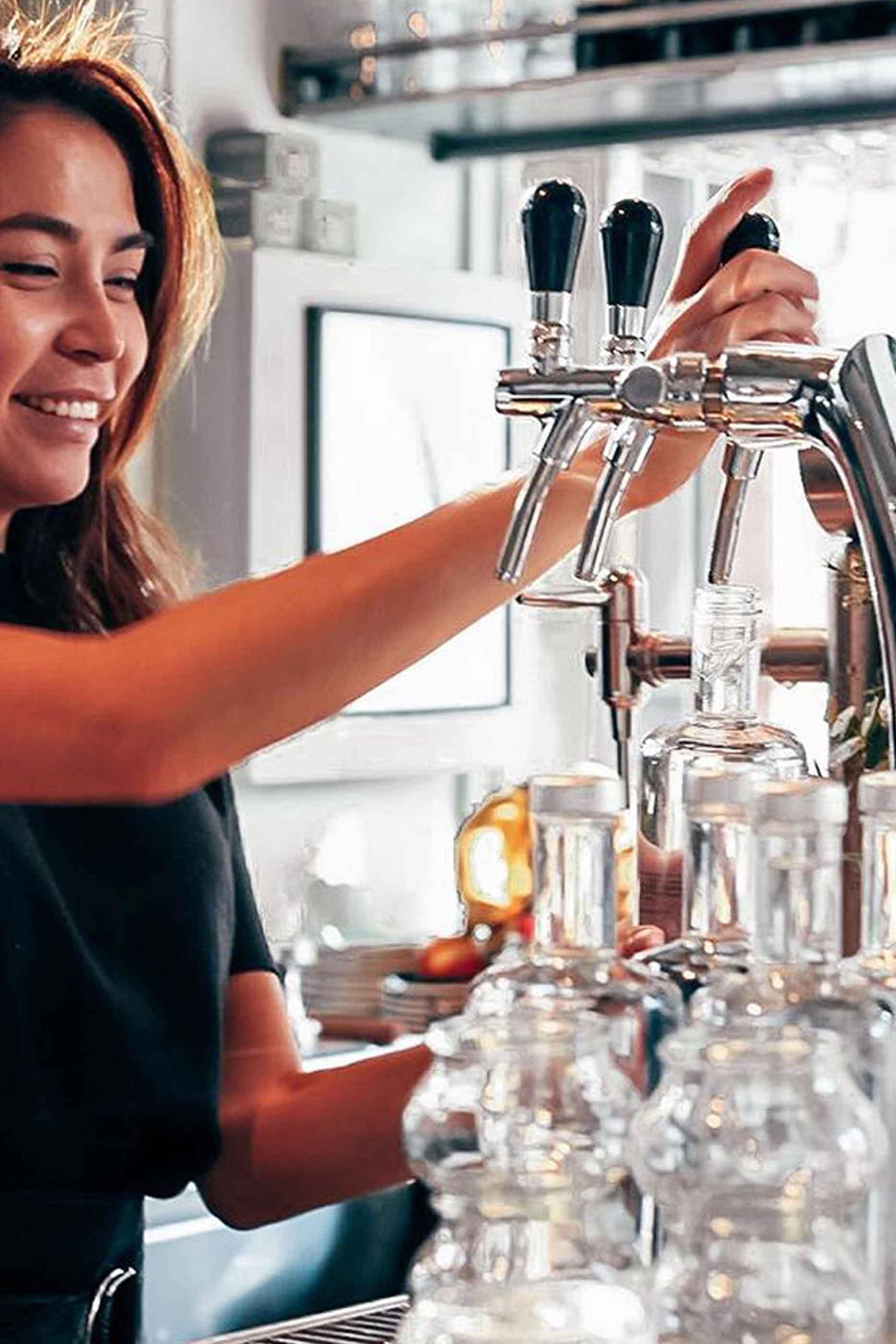 Água KMZERO em bares ou restaurantes