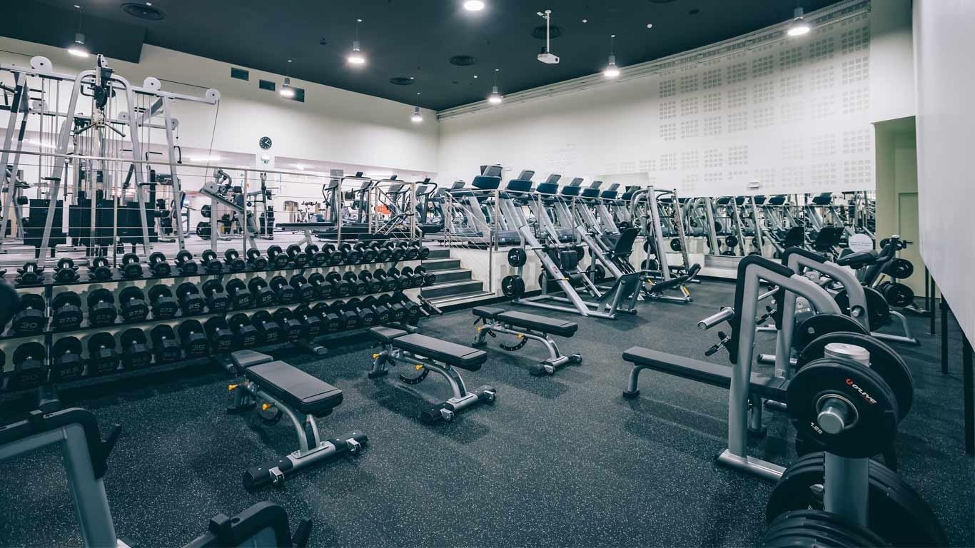 Sala de equipamentos do ginásio Pump Fitness Spirit