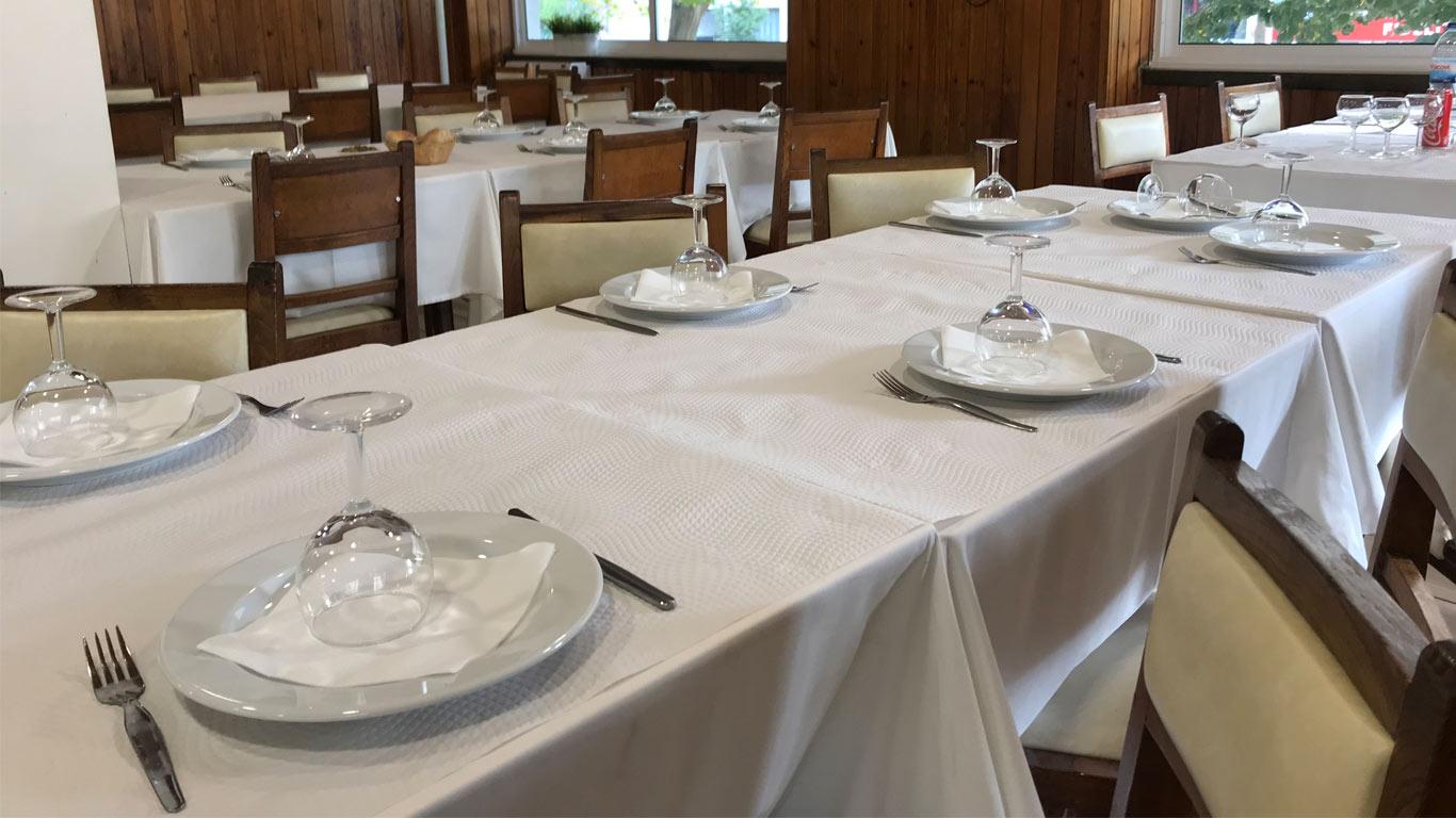 O Tatu oferece duas opções de menú, um a 10€ e outro (mais completo) a 12€.