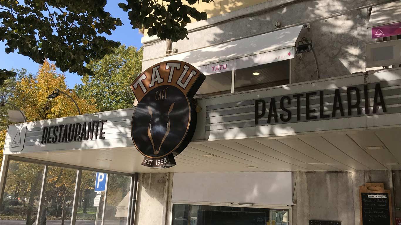 O Tatu, situado no Campo Grande está aberto das 7:00 às 00:00, todos os dias.