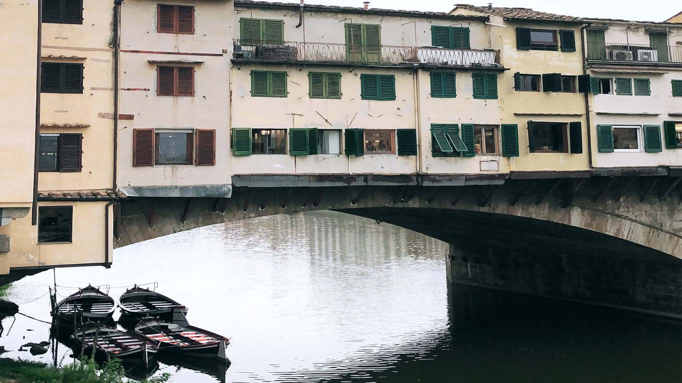 Vista para a Ponte Vecchia