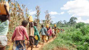 Crianças na vila