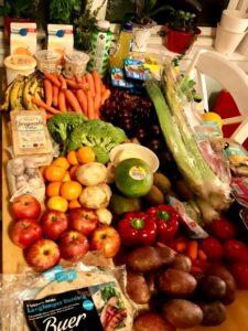 Comida encontrada no lixo de um supermercado na Noruega